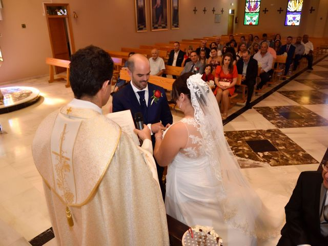 La boda de José y Virginia en Málaga, Málaga 33