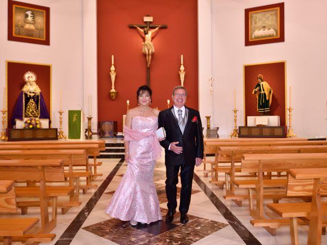 La boda de José y Virginia en Málaga, Málaga 39