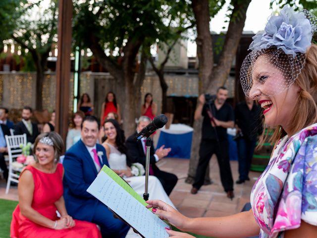 La boda de Kike y Cristina en Carrion De Calatrava, Ciudad Real 20