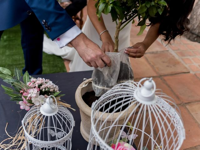 La boda de Kike y Cristina en Carrion De Calatrava, Ciudad Real 25