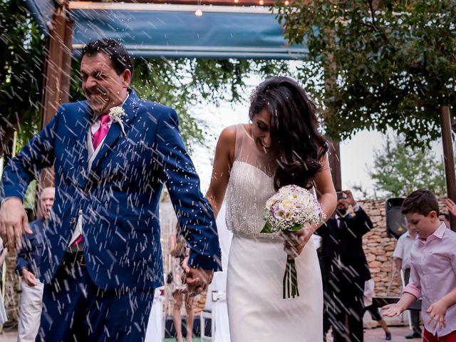 La boda de Kike y Cristina en Carrion De Calatrava, Ciudad Real 28