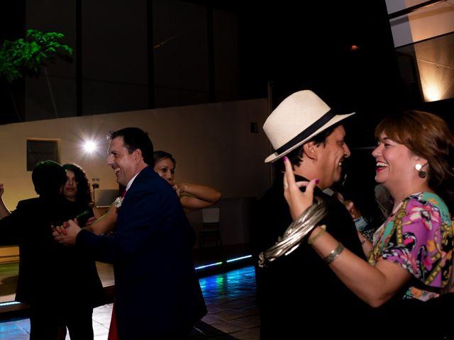 La boda de Kike y Cristina en Carrion De Calatrava, Ciudad Real 36
