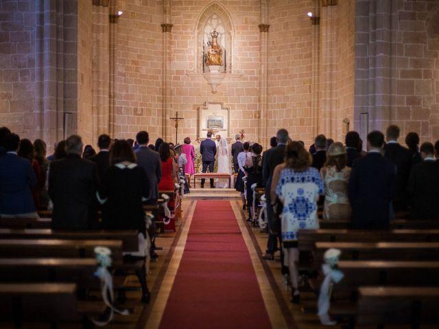 La boda de Alberto y Camilla en Santa Gadea Del Cid, Burgos 17