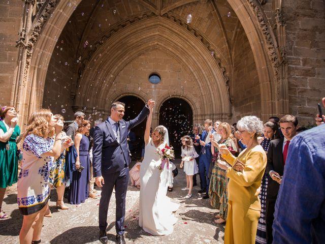 La boda de Alberto y Camilla en Santa Gadea Del Cid, Burgos 23