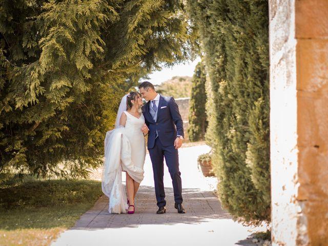 La boda de Alberto y Camilla en Santa Gadea Del Cid, Burgos 29