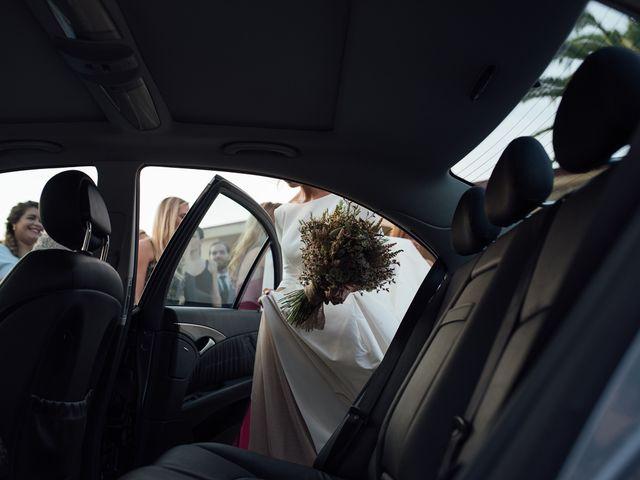La boda de Macarena y Jesus en El Puig, Valencia 18