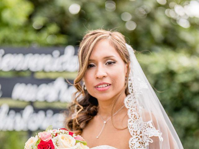 La boda de Santy y Mayra en Lezama, Álava 25