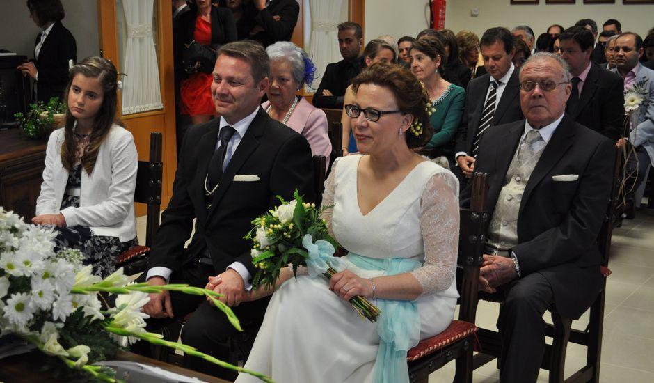 La boda de Nuria y Javier en Villarta De San Juan, Ciudad Real