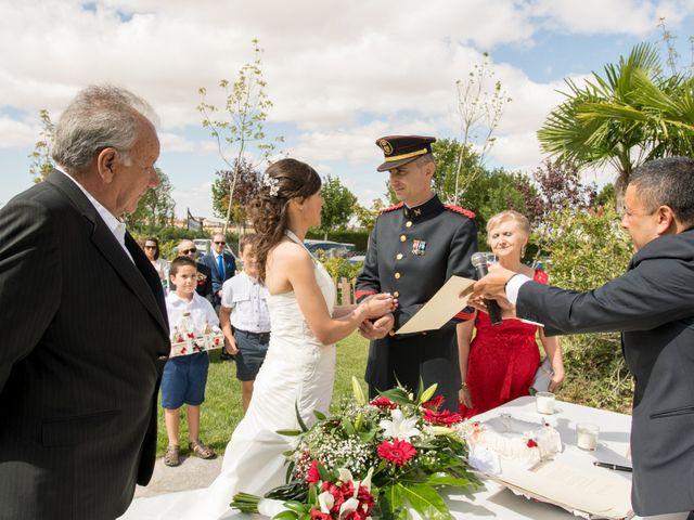 La boda de Julio y Beatriz en Peñaranda De Bracamonte, Salamanca 6