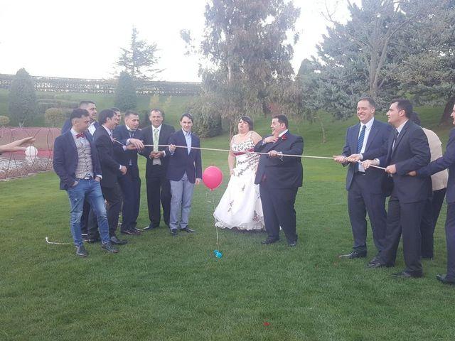 La boda de Javier y Paqui en Castejon, Cuenca 27