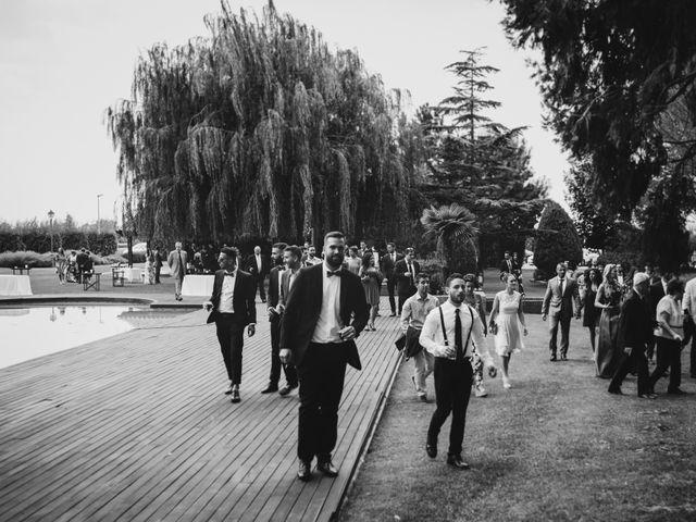 La boda de Felix y Àgueda en Lleida, Lleida 22