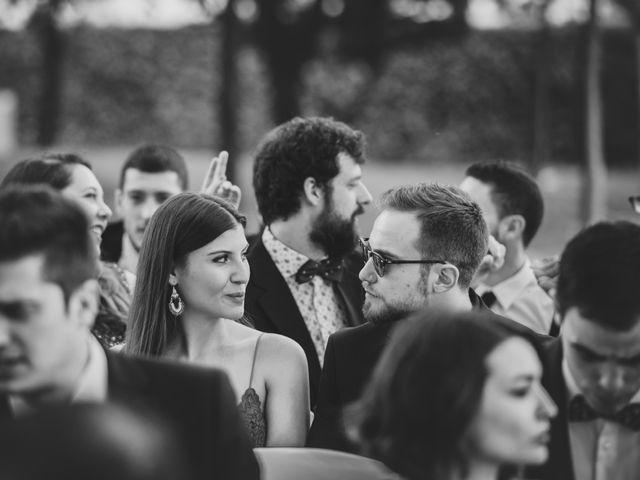 La boda de Felix y Àgueda en Lleida, Lleida 23