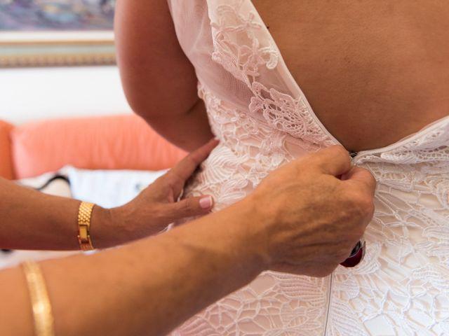 La boda de Andrés y Vicky en Alacant/alicante, Alicante 37