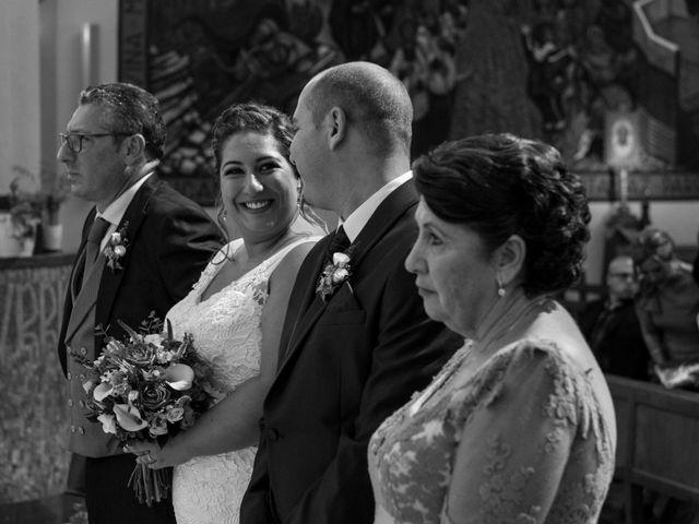La boda de Andrés y Vicky en Alacant/alicante, Alicante 57