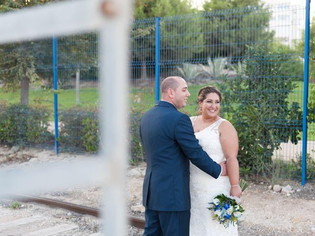 La boda de Andrés y Vicky en Alacant/alicante, Alicante 60