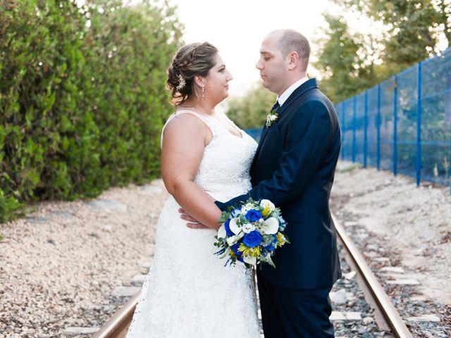 La boda de Andrés y Vicky en Alacant/alicante, Alicante 62