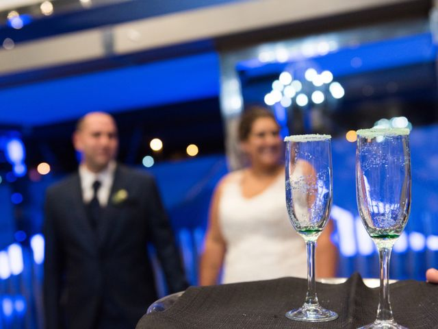 La boda de Andrés y Vicky en Alacant/alicante, Alicante 71