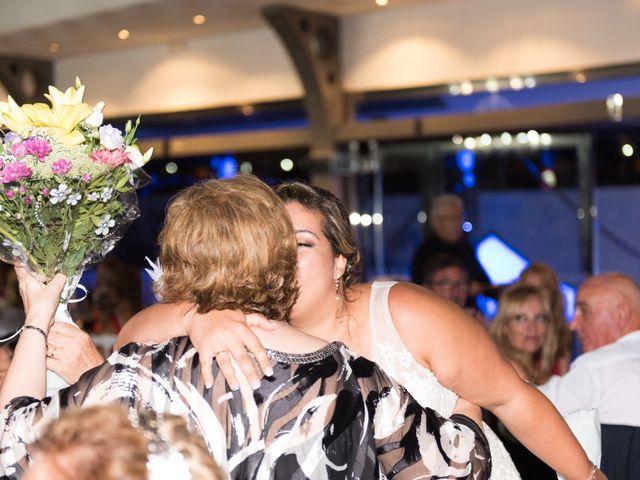 La boda de Andrés y Vicky en Alacant/alicante, Alicante 76