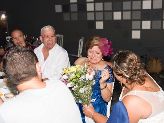 La boda de Andrés y Vicky en Alacant/alicante, Alicante 78