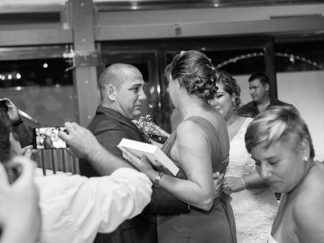 La boda de Andrés y Vicky en Alacant/alicante, Alicante 81