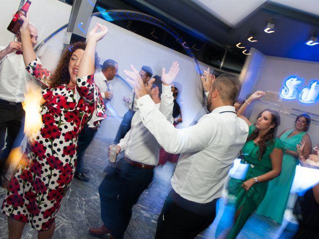 La boda de Andrés y Vicky en Alacant/alicante, Alicante 89