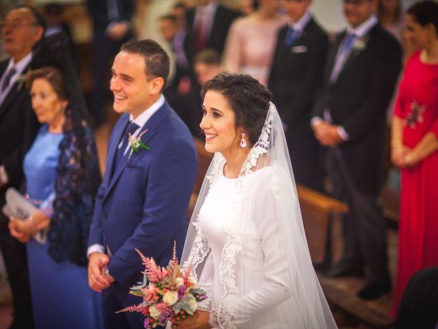 La boda de Miguel y Emi en La Calahorra, Granada 16