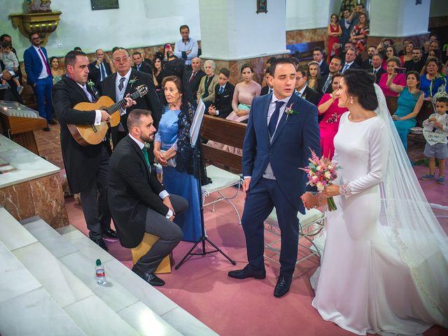 La boda de Miguel y Emi en La Calahorra, Granada 17