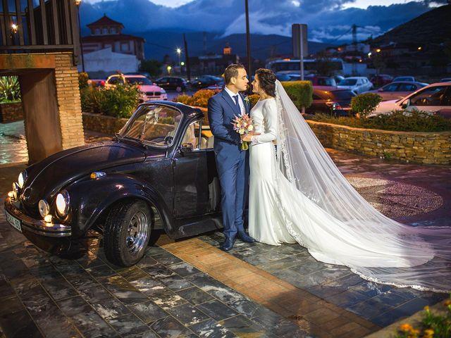 La boda de Miguel y Emi en La Calahorra, Granada 30