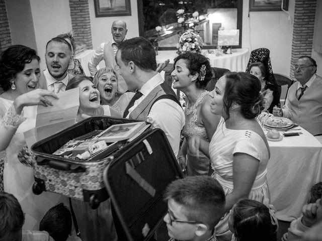 La boda de Miguel y Emi en La Calahorra, Granada 36
