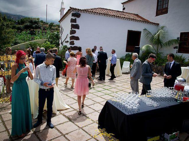 La boda de Mauro y Sandra en Los Realejos, Santa Cruz de Tenerife 40