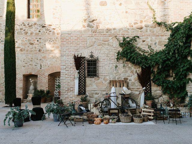 La boda de Daniel y Holanda en Toledo, Toledo 43