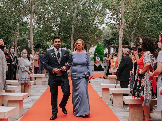 La boda de Victor y Raquel en Granada, Granada 19