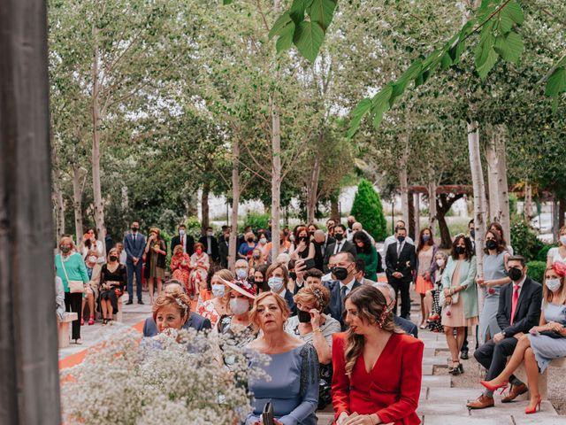 La boda de Victor y Raquel en Granada, Granada 26