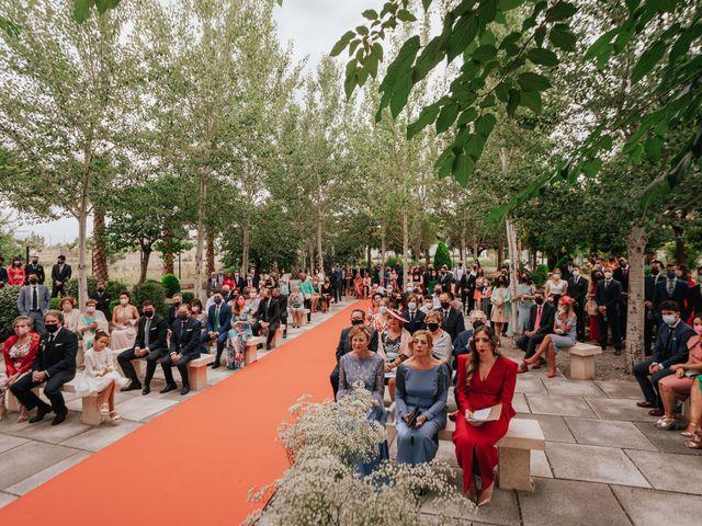 La boda de Victor y Raquel en Granada, Granada 28
