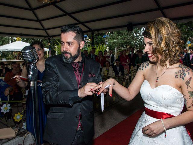 La boda de Oliver y Noemi  en Talavera De La Reina, Toledo 43