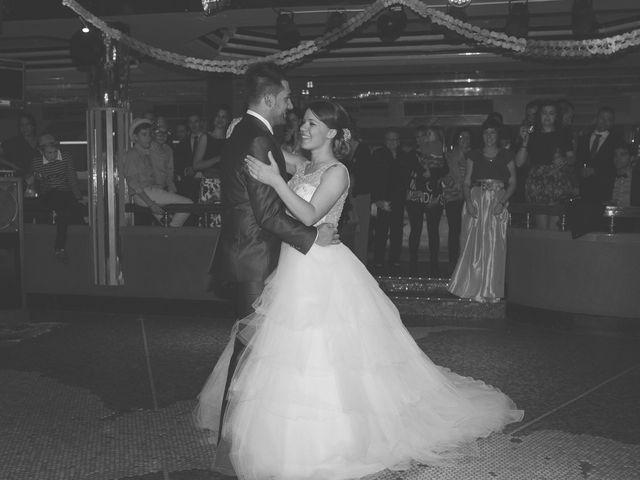 La boda de Marino y Raquel en Herrera De Pisuerga, Palencia 33