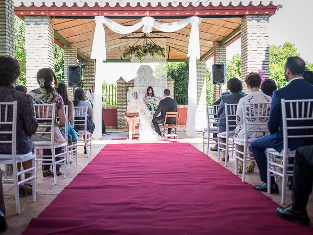 La boda de Enrique y Elizabeth en Montoro, Córdoba 30