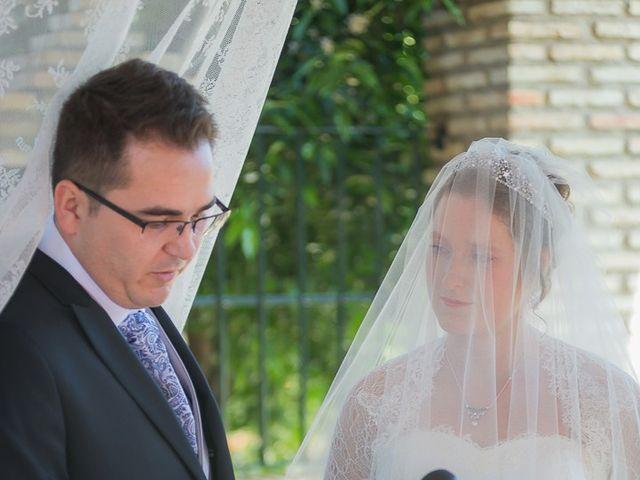 La boda de Enrique y Elizabeth en Montoro, Córdoba 36