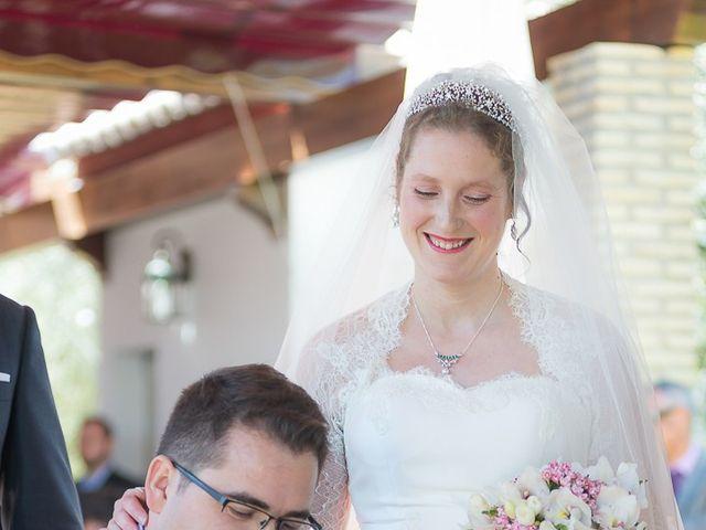 La boda de Enrique y Elizabeth en Montoro, Córdoba 38