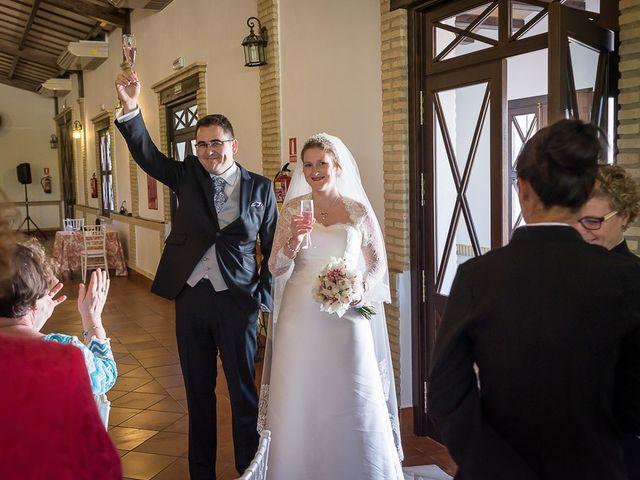 La boda de Enrique y Elizabeth en Montoro, Córdoba 49