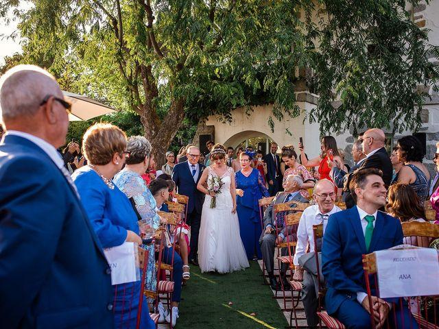 La boda de David y Silvia en Torrelodones, Madrid 48
