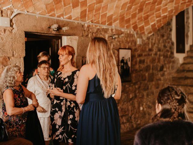 La boda de Toni y Lisseth en El Pont De Vilumara I Rocafort, Barcelona 6