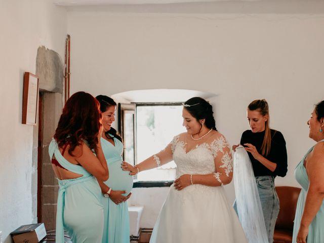 La boda de Toni y Lisseth en El Pont De Vilumara I Rocafort, Barcelona 17