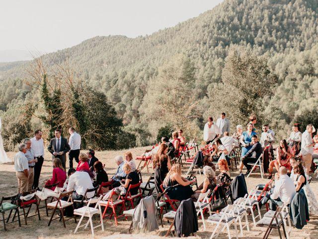 La boda de Toni y Lisseth en El Pont De Vilumara I Rocafort, Barcelona 18