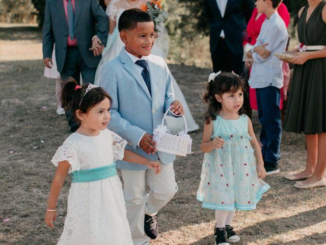 La boda de Toni y Lisseth en El Pont De Vilumara I Rocafort, Barcelona 27