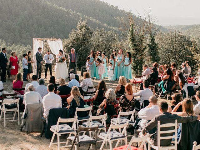 La boda de Toni y Lisseth en El Pont De Vilumara I Rocafort, Barcelona 29