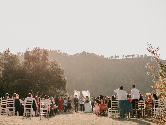 La boda de Toni y Lisseth en El Pont De Vilumara I Rocafort, Barcelona 30