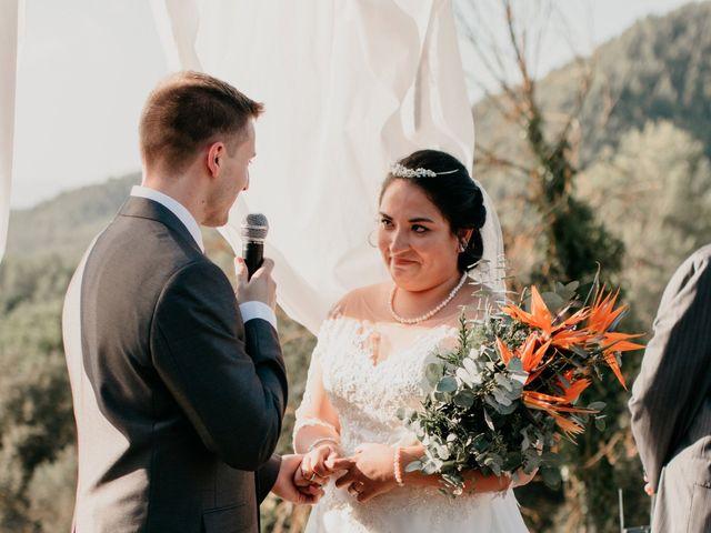 La boda de Toni y Lisseth en El Pont De Vilumara I Rocafort, Barcelona 31