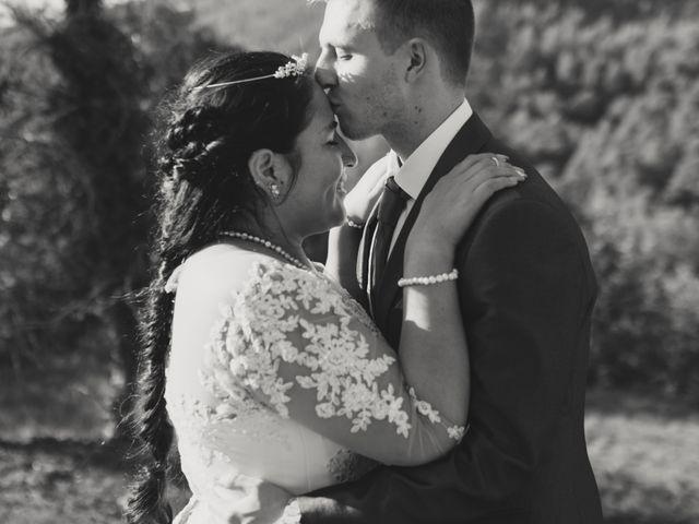La boda de Toni y Lisseth en El Pont De Vilumara I Rocafort, Barcelona 37