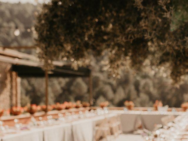 La boda de Toni y Lisseth en El Pont De Vilumara I Rocafort, Barcelona 44